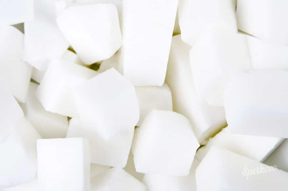 Hmota na výrobu mydla s kozím mliekom