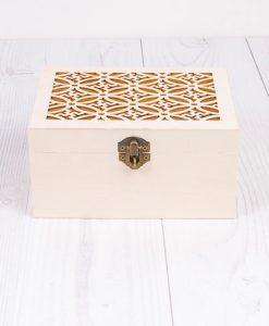 Drevená krabička na dekupáž vyrezávaná veľka