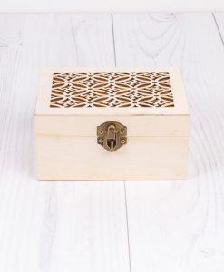 Krabička na dekupáž s ornamentom stredná