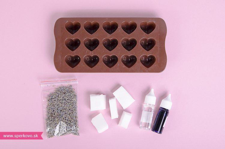 Návod ako si vyrobiť valentínske levanduľové mydlo