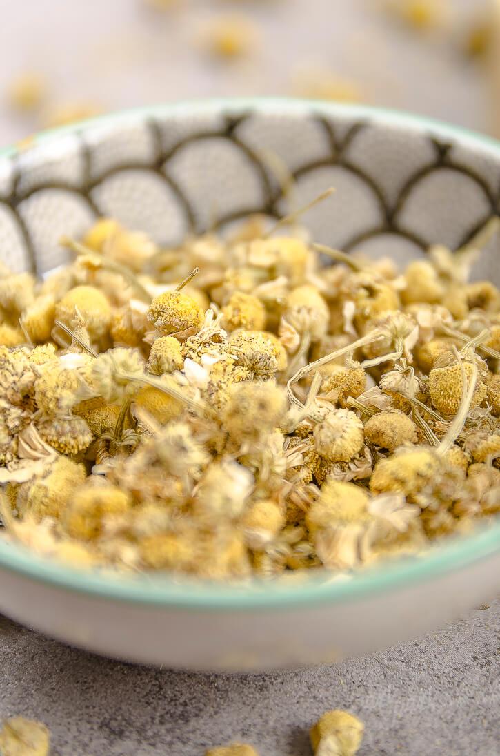 Harmanček a bylinky na výrobu mydla