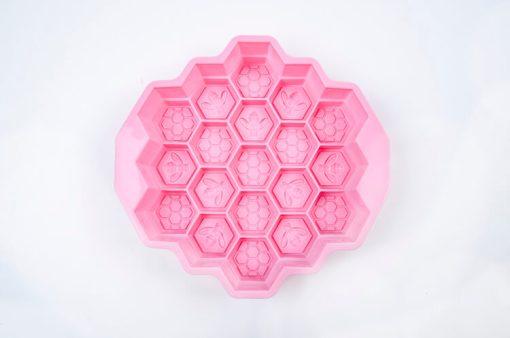 Veľká silikónová forma na mydlo Včielky a včelí plást