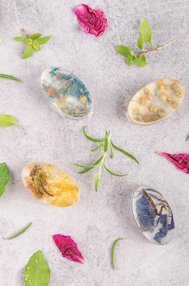 navod ako vyrobit vlastne mydlo s bylinkami