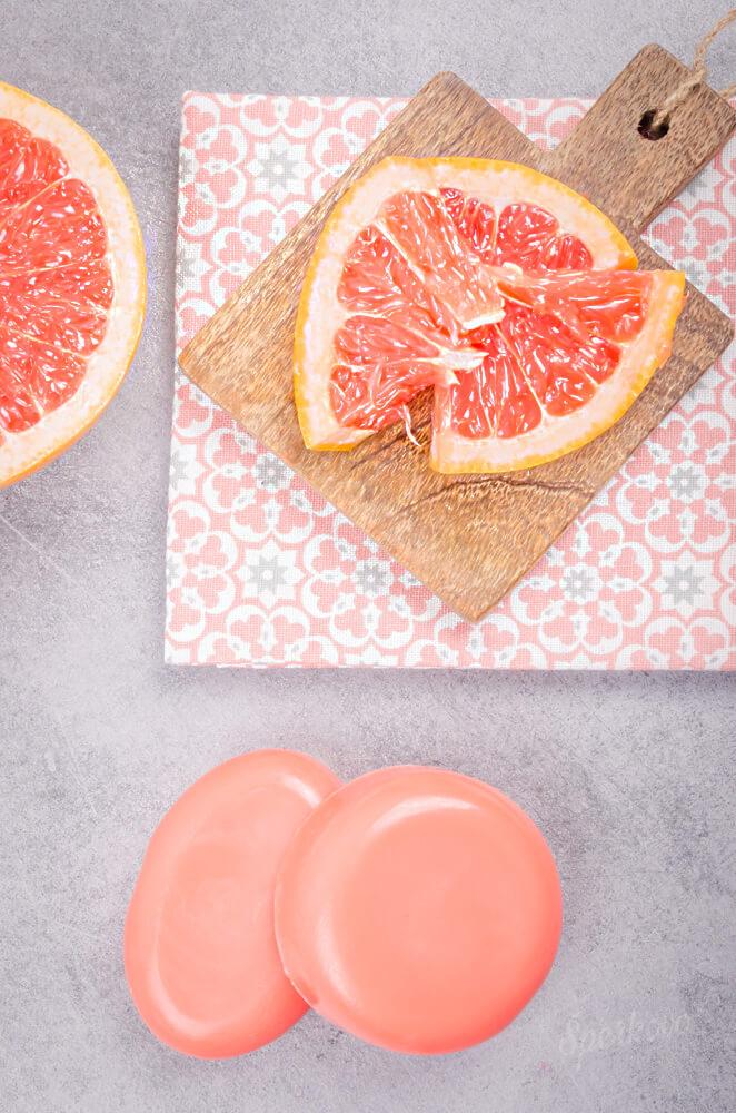 Ako si vyrobit mydlo s ovocnou vôňou grepu