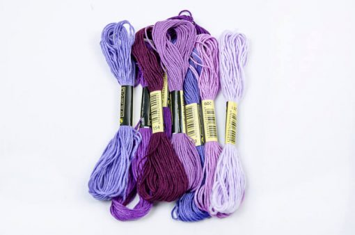 Bavlnky na vyšívanie mix fialový