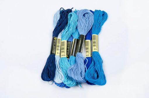Bavlnky na vyšívanie mix modrý