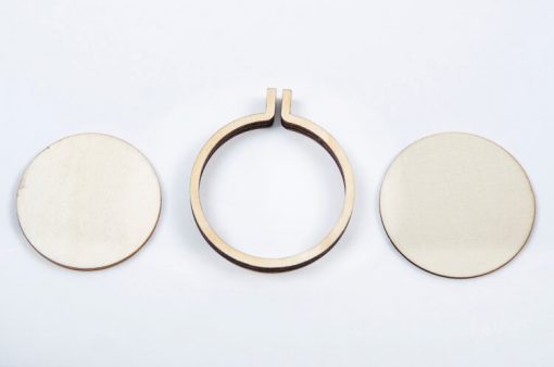 Drevený rám na vyšívané šperky kruh veľký