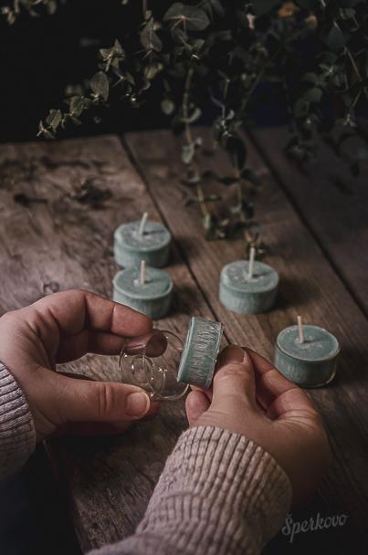 Ako si vyrobiť voňavé čajové sviečky