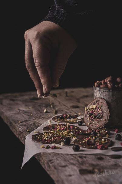 Domáca čokoláda s lyofilizovaným ovocím