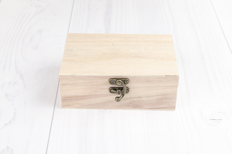 Drevená krabička Varieté malá